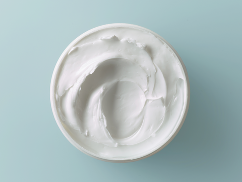 CBD white cream can be applied on skin for topical use