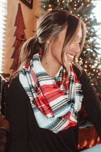 Plaid All Day Infinity Scarf // Black/Red