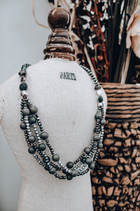 Classic Touch Necklace // Charcoal