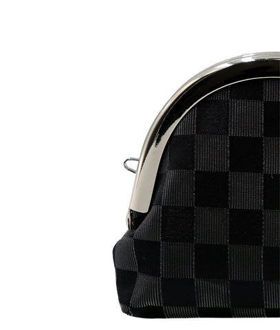 the checkered pattern of lucent nylon and pure silk fabrics strap-hole