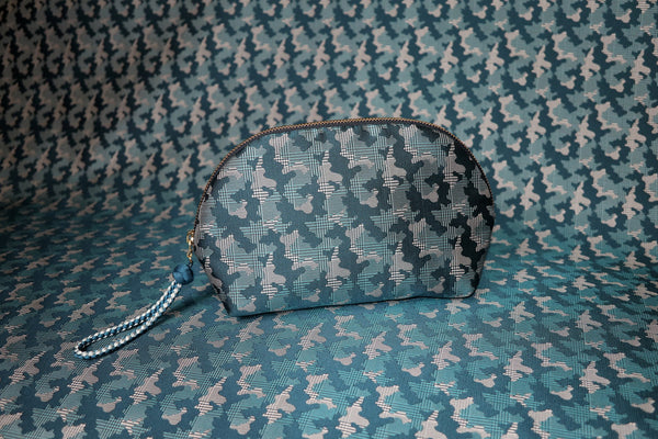 pure silk jacquard camouflage shell-shaped pouch blue image2