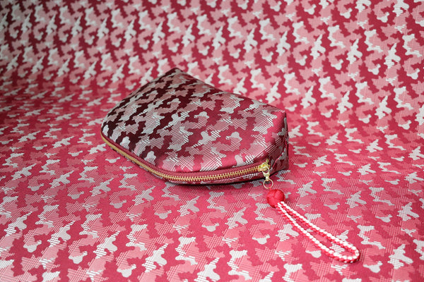 pure silk jacquard camouflage shell-shaped pouch red image2