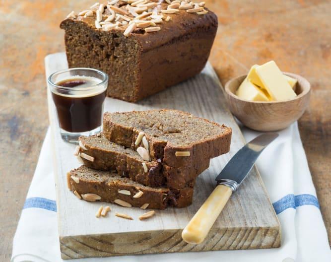 Fennel, date and nut bread