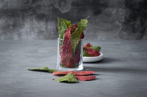 Dehydrated_vegetable_crackers_L_I4R2011