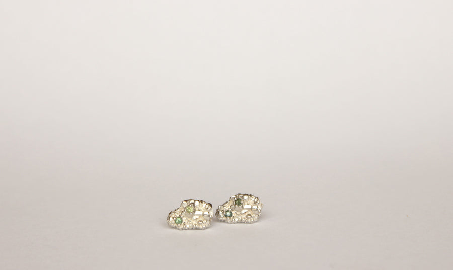 Gem cluster studs with sapphires