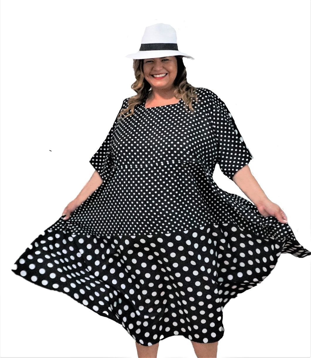 Black & White Dot Plus Size Dress