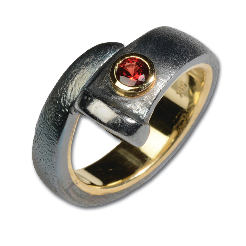 REALSTEEL — Bezel Set Red Stone Ring
