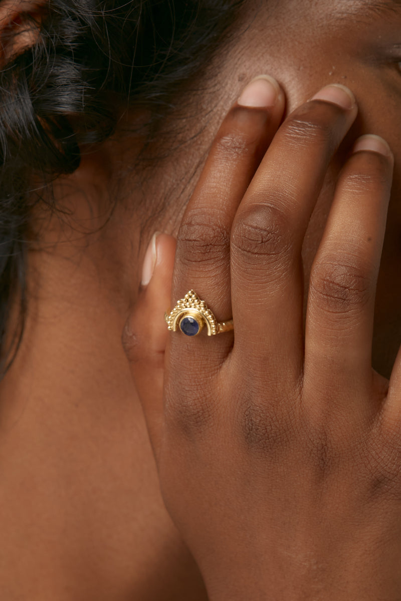Gold Mond Ring