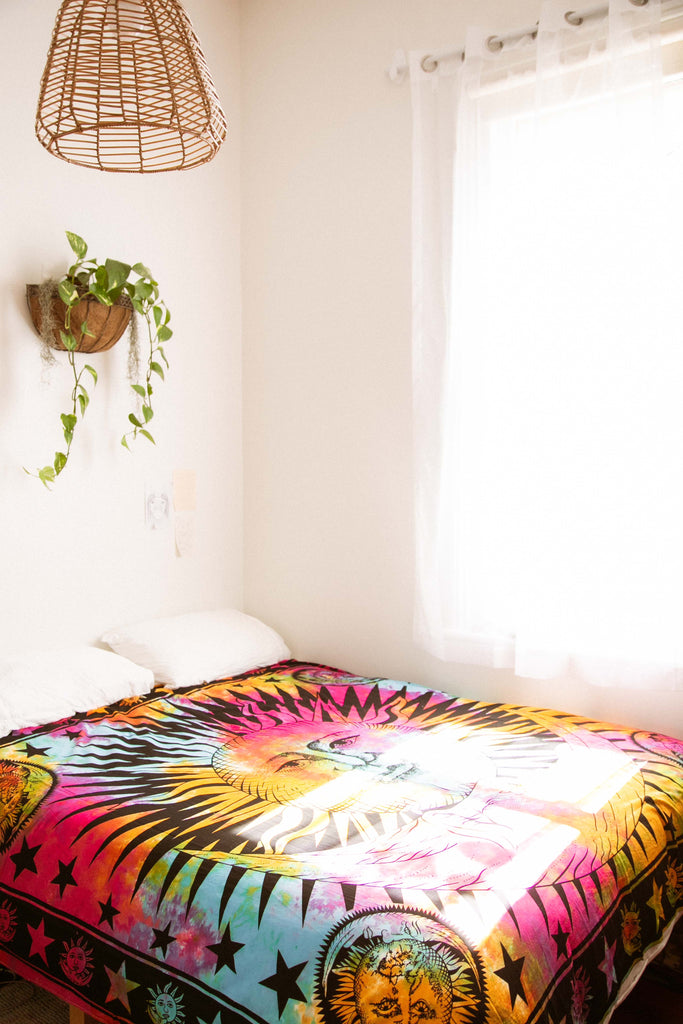Sun & Moon Throw