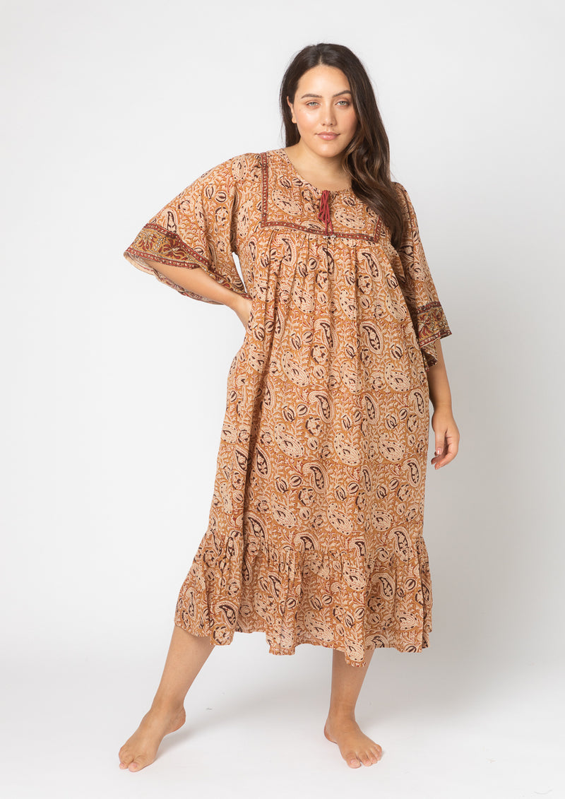 Abby Mumtaz Dress (Free Size)