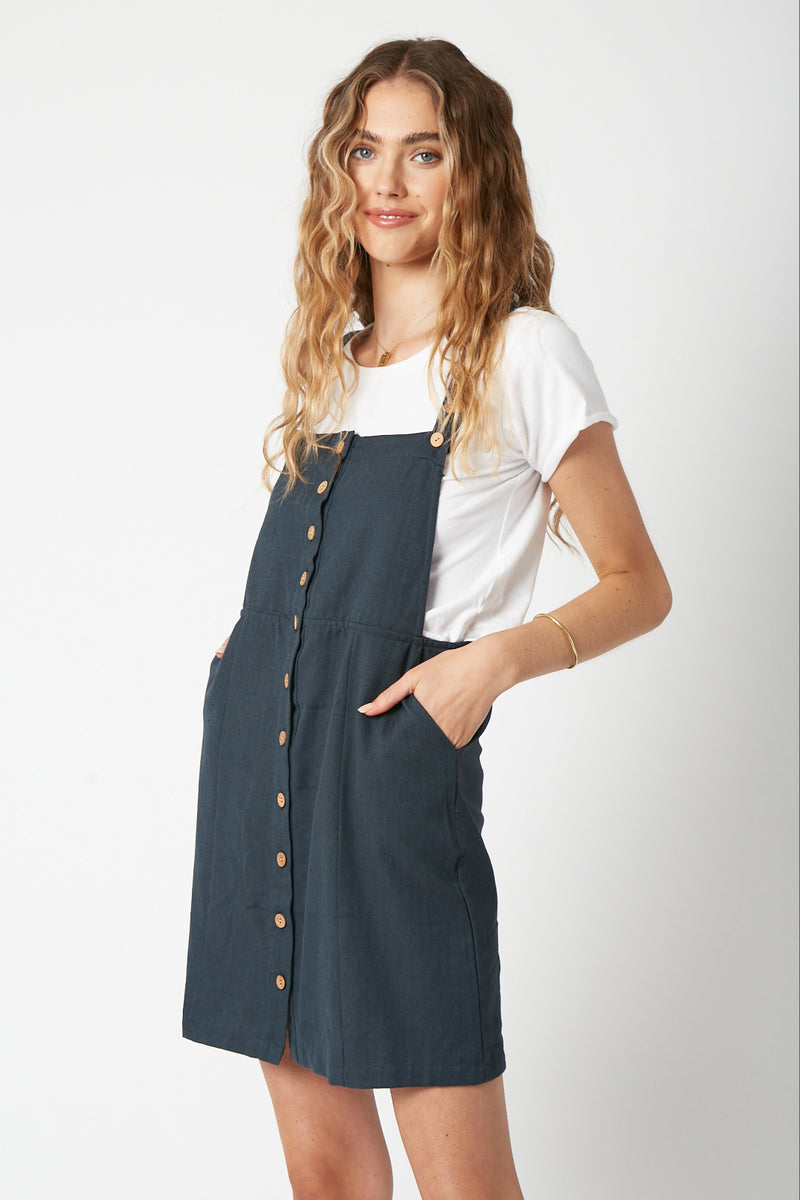 Kelly Pinafore