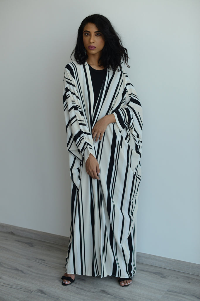 Inside the Lines Batwing Kimono