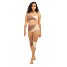 Load image into Gallery viewer, Movement High-Low Shorts - Powder 00/Nude 02