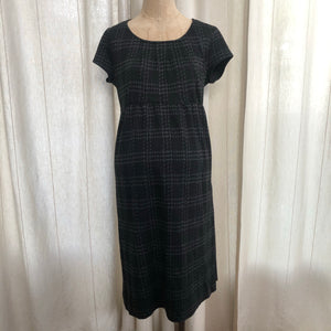 A Pea In The Pod Dress Size Small