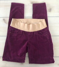 Load image into Gallery viewer, Gap Maternity Skinny Corduroy Pants Size 27 4 L