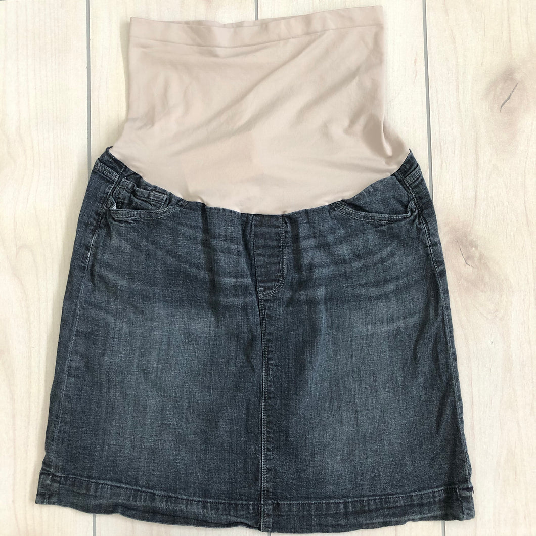 A Pea In The Pod Denim Skirt Size Medium