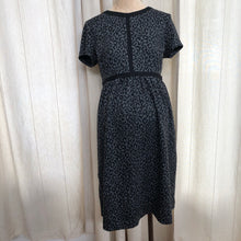 Load image into Gallery viewer, Ann Taylor LOFT Dress Size 6