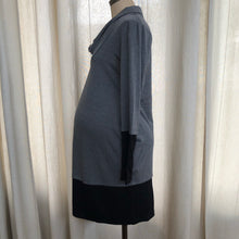 Load image into Gallery viewer, Maternal America Long Sleeve Dress Size Small