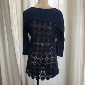 A Pea In The Pod Blue Top Size Small