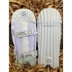 Open image in slideshow, Wombat Cricket Pro Wicket Keeping Pads MK2 - The Cricket Store (1)