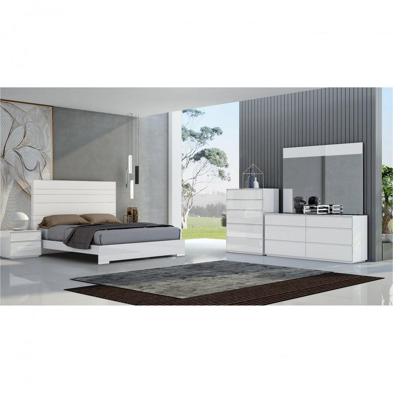 Whiteline Modern Living BK1367P Malibu Bed King, High gloss white - homeconvex