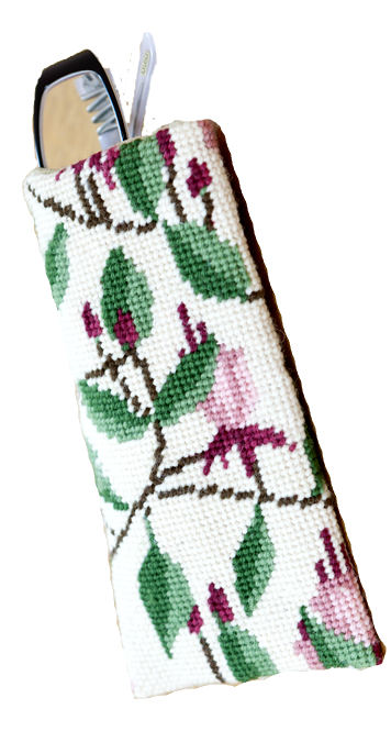 Needlepoint Eyeglass or Phone Case Kit Fuchsia