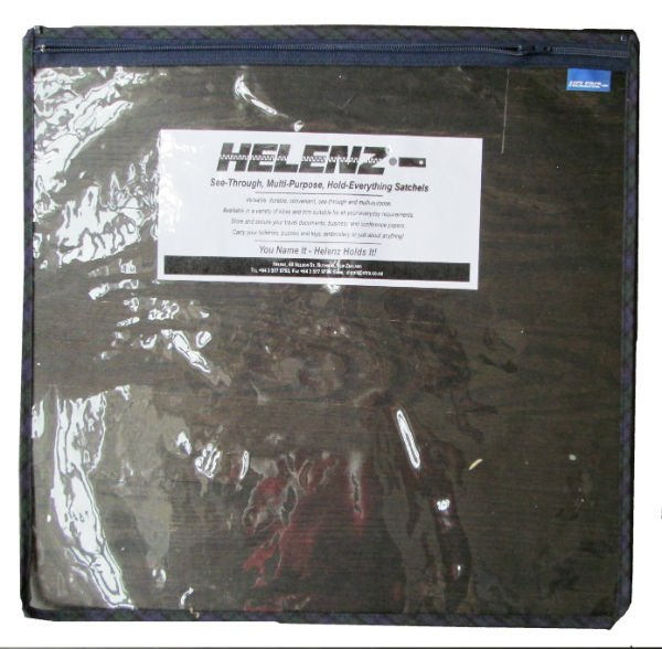 "Helenz Bag 18"" x 18"" - Blue Plaid"