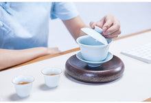 Load image into Gallery viewer, Celadon Porcelain Gaiwan for Chinese Gongfu Tea
