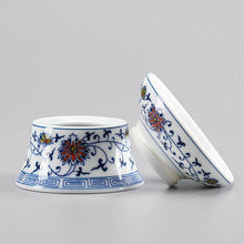 "Load image into Gallery viewer, ""Qing Hua Ci"" (Blue and White Porcelain) Twining Lotus Pattern Tea Pot / Gong Dao Bei / Tea Strainer"