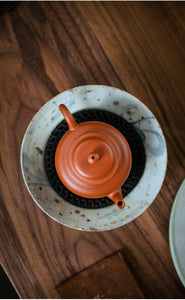 "Yixing ""Gong Deng"" Teapot 140cc, Huanglongshan Mountain Zhuni Red Mud"