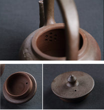 "Load image into Gallery viewer, ChaoZhou Pottery ""Bai Bao Hu""(Fortunes Kettle) 950ml, ""Da Gu"" (Drum Stove)"