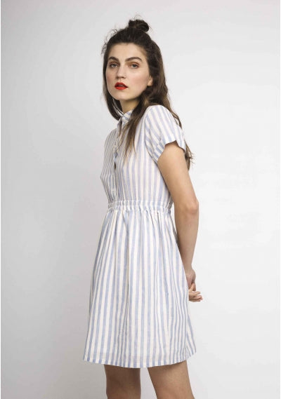 Short dress with striped print in white and blue