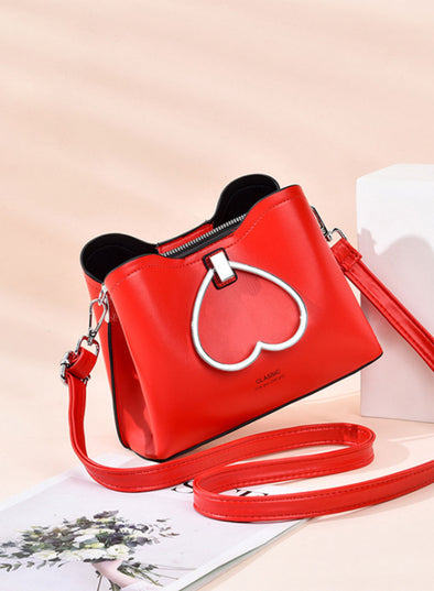 Red Women's Messenger Bags Solid Heart-shaped Simple Messenger Bag LC003632-3