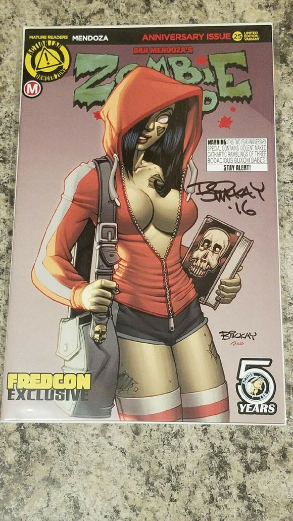 ZOMBIE TRAMP 25 FREDCON BILL MCKAY SIGNED EXCLUSIVE NM