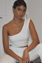 Load image into Gallery viewer, White one-shoulder top from the front in thick-ribbed cotton, all handmade | Tattbrand