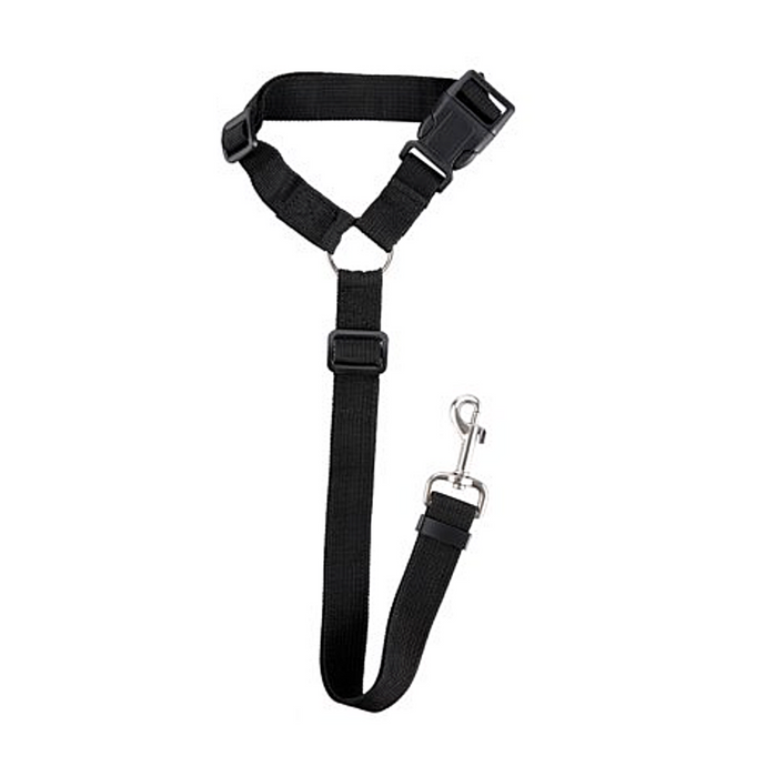 Our durable leash  can be hanged on the headrest as dog vehicle seat belt to secure and keep pet safe, it can also  be converted to a traditional hand-held leash whenever your taking your pet for their daily walks.