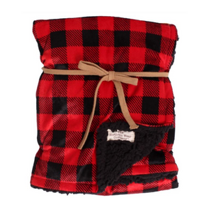 This super soft and luxurious fleece baby blanket is lined with sherpa for ultimate warmth and comfort. Keeping your baby cozy, cute and stylish.