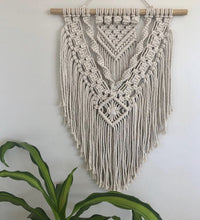 Load image into Gallery viewer, Pattern 1 - Medium macrame wall hanging