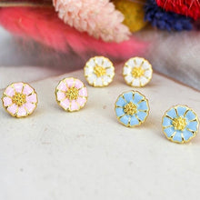 Load image into Gallery viewer, Daisy Enamel Studs