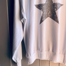 Load image into Gallery viewer, Star Sweatshirt