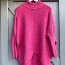 Load image into Gallery viewer, Ribbed V Jumper - Fushia Pink