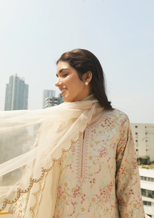 Ivory Scallop Embroidered Organza Dupatta