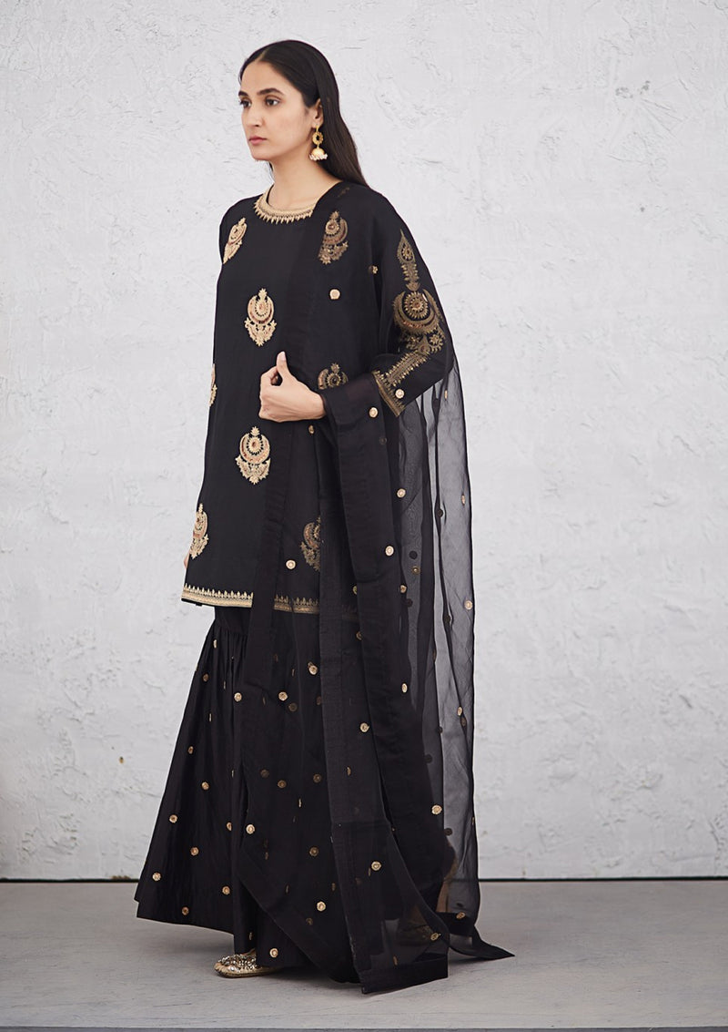 Black Small Buti Embroidered Organza Dupatta