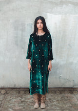 Emerald Green Velvet Kurta with Brocade Pants and Embroidered Black Velvet Dupatta