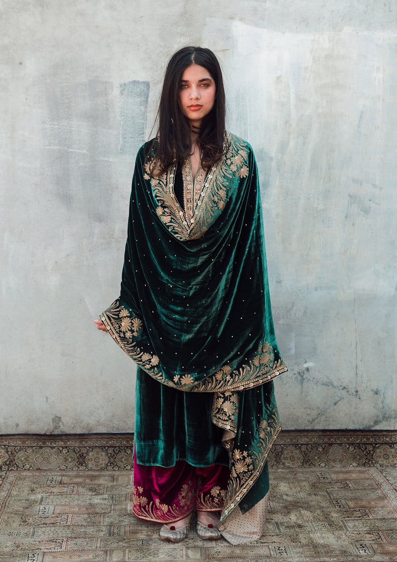 Emerald Green Velvet Embroidered Kurta with Maroon Pants and Velvet Dupatta