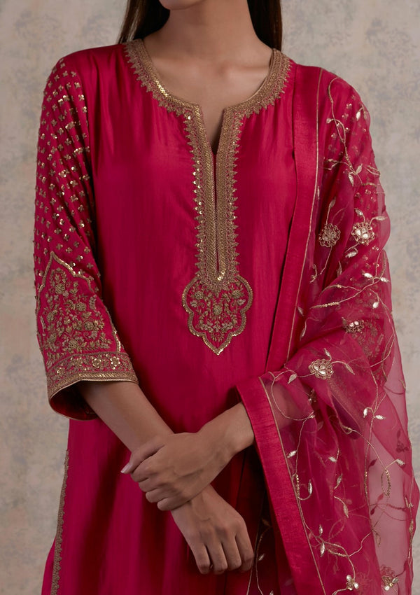 Fuschia Kurta and Embroidered Scalloped Pants