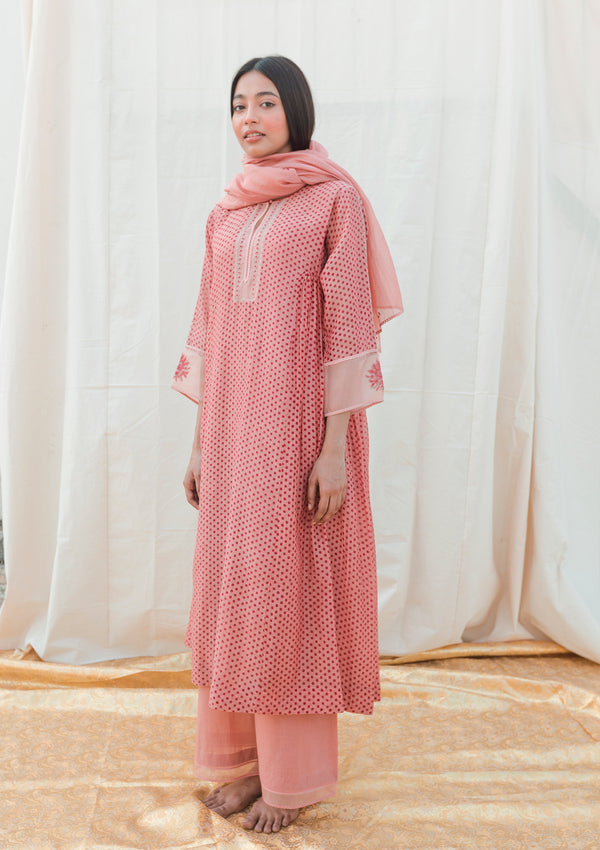 Pink Chanderi Dupatta With Embroidered Butis