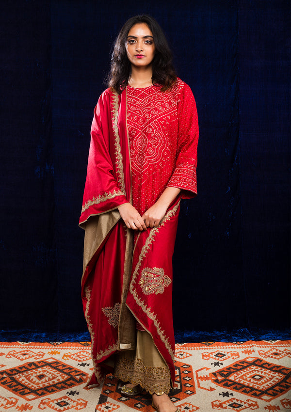 Red Bandhani Kurta and Beige Embroidered Pants