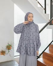 Load image into Gallery viewer, Kosy Top Printed Grey Cherry