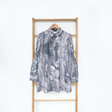Load image into Gallery viewer, Vinni Top Printed Marble Grey